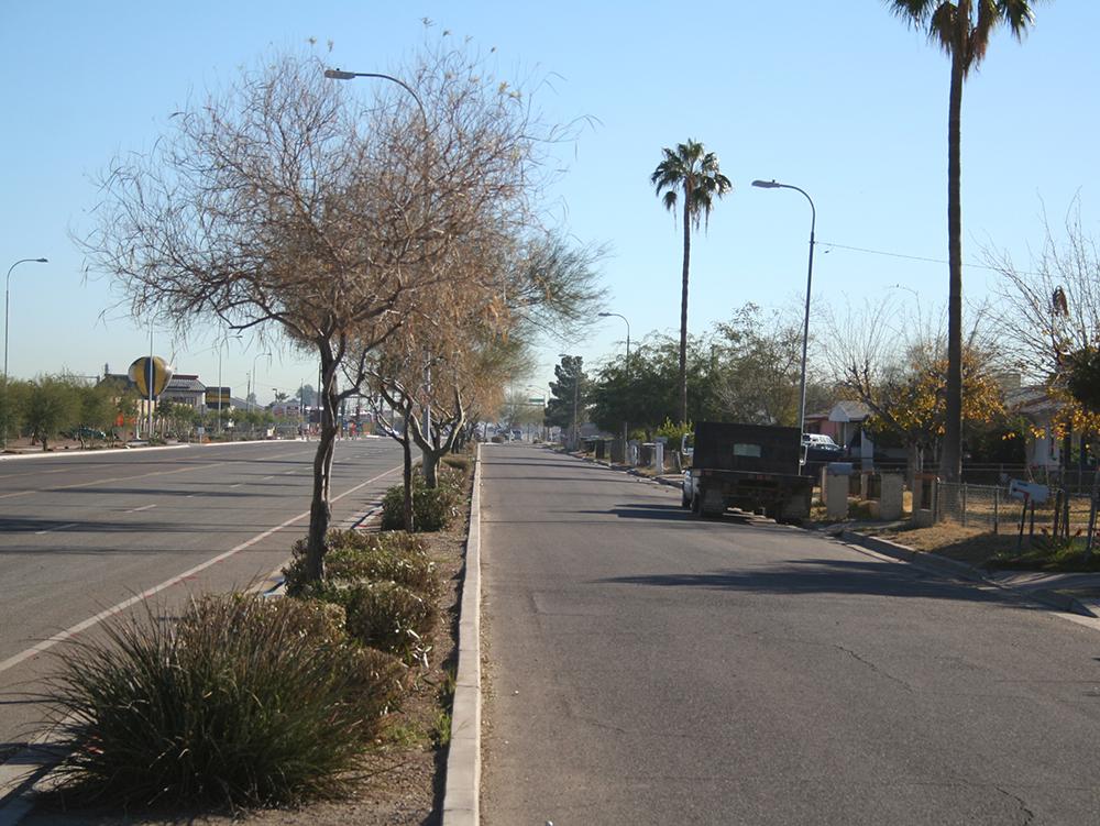 Avenida Rio Salado-Broadway Road_1